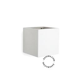 light-wall-lamp-white-ceramic-lighting