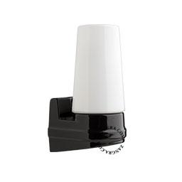 salle-murale-bain-porcelaine-noir-plafonnier-etanche-lampe-applique