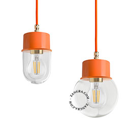lampe-suspension-metal-orange-abat-jour-verre-globe