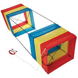 kids010_002_s-vlieger-box-kite-cerf-volant-doosvlieger