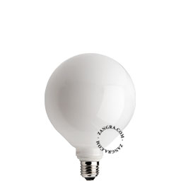 adaptor-LED-globe-dimable-bulb-lightbulb-glass-opal-white