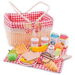 wooden-picnic-basket-set-tablecloth-toys-kids