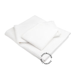 bathroom016_w_002_l_02-towel-honeycomb-serviette-nid-abeille-wafel-handdoek