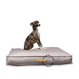 dog-bed-pillow-labbvenn