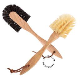 brush.009.001_s-brosse-a-vaisselle-afwasborstel-dish-brush