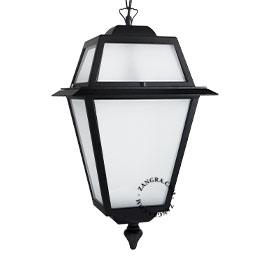 suspension-lanternes-exterieur