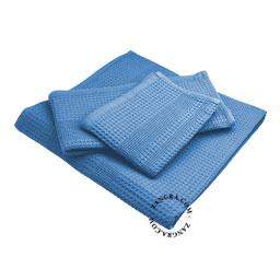 honeycomb-towel-light-blue-cotton