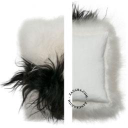 home044_004_s-lambskin-cushion-sheepskin-kussen-schapenvacht-schapenvel-coussin-fourrure