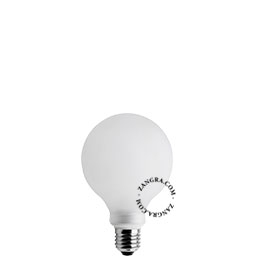 LED-filament-bulb-frosted-glass-dimmable