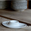 kitchen.044.008_l_02-porcelain-egg-cup-coquetier-porcelaine-eierdopje-porselein