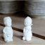 kitchen045_008_l_03-porcelaine-pepper-salt-shaker-poivre-sel-porcelaine-peper-zout-porselein-jongen-meisje-boy-girl-garcon-fille-peperv
