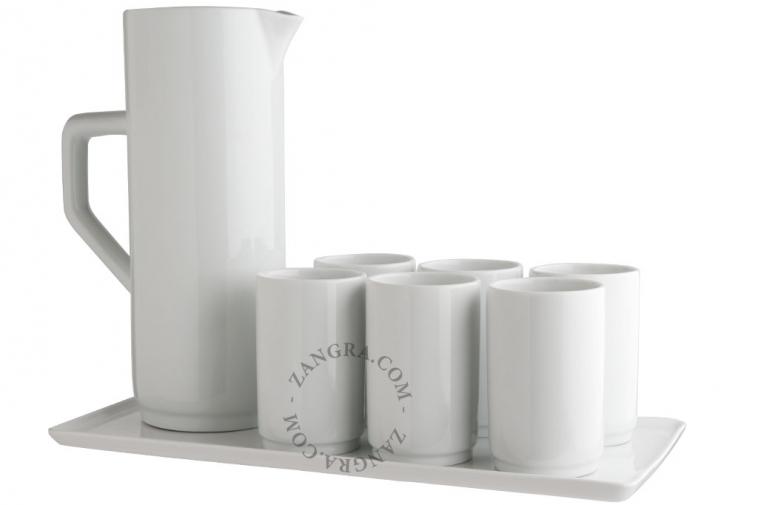 kitchen.111_l-porcelain-tray-porcelaine-plateau-porselein-schotel-porcelain-cup-tumbler-verre-porcelaine-porselein-beker-carafe-porcelaine-porcelain-carafe-karaf-porselein