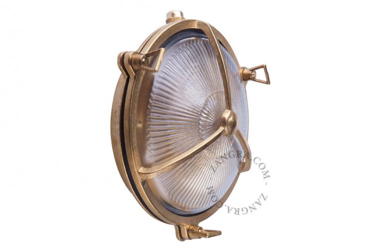 waterproof-luminaire-lamp-brass-outdoor