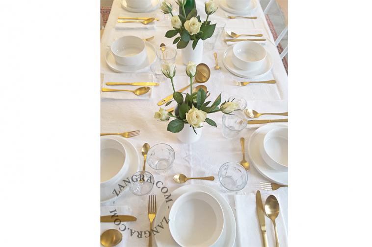 soup-ladle-golden-cutlery