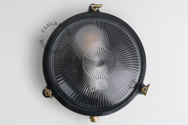 waterproof-luminaire-brass-outdoor-black-lamp