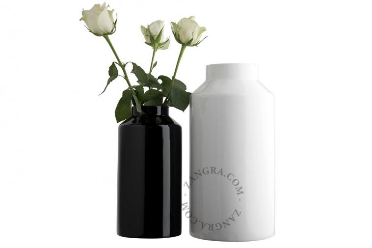 home.075.024.b_l-02-porcelaine-noir-fleurs-flower-pot-vase-porcelaine-black-porselein-vaas-bloemenvaas-zwart