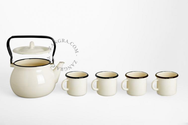 kettle-tableware-mug-ivory-enamel