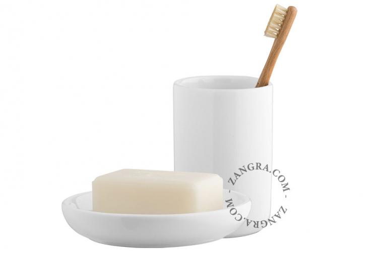 cup-toothbrush-mug-soap-holder