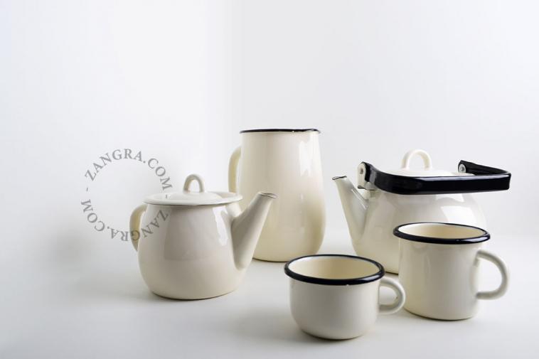 tableware-jug-ivory-carafe-enamel