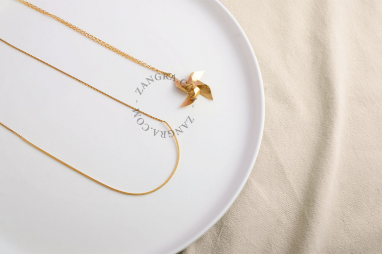 gold-women-silver-jewellery-necklace