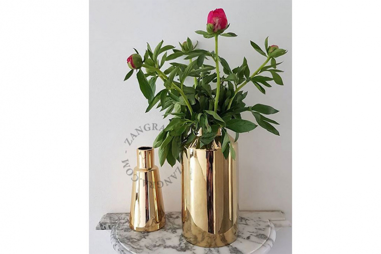 blanc-porselein-or-black-noir-home.075.032_s-wit-zwart-vase-porcelaine-pot-bloemenvaas-vaas-flower-fleurs-goud-white-gold-porcelaine-01
