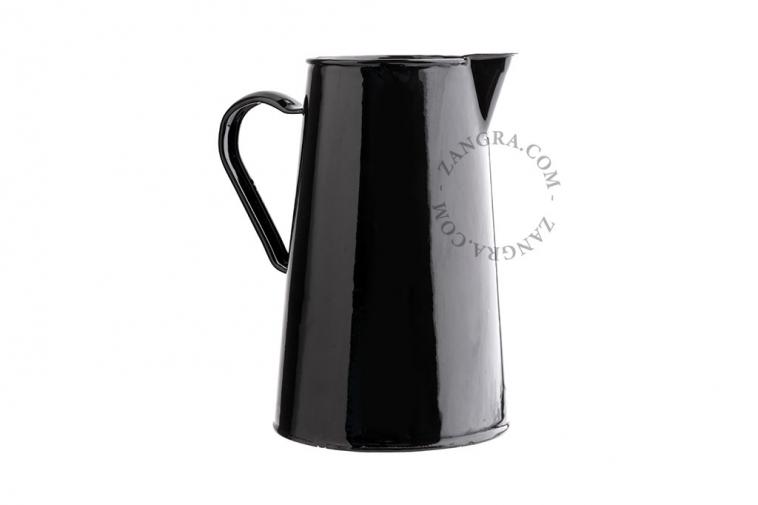 black-enamel-carafe-jug-tableware
