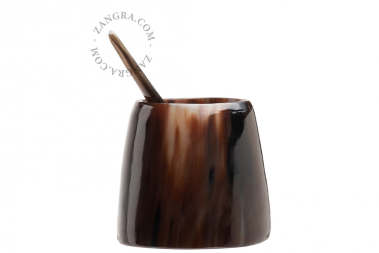 horn-spice-cup-egg-pot