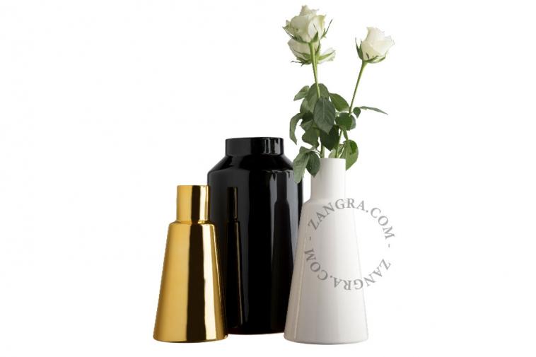 home.076.028.w_l-06-porcelaine-blanc-fleurs-flower-pot-vase-porcelaine-white-porselein-vaas-bloemenvaas-wit