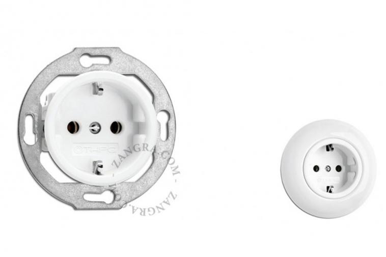 porcelain wall sockets