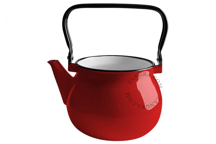red-enamel-kettle-tableware