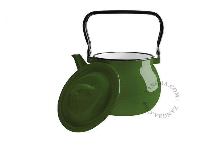 green-enamel-kettle-tableware
