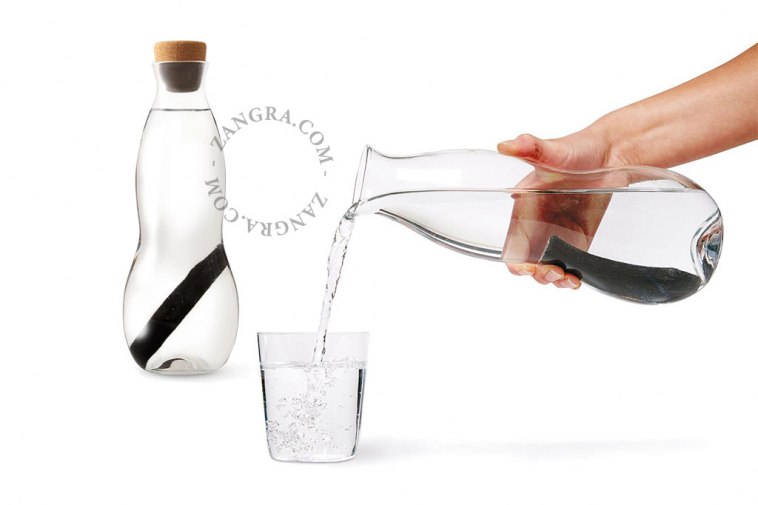 charcoal-glass-water-filter-carafe