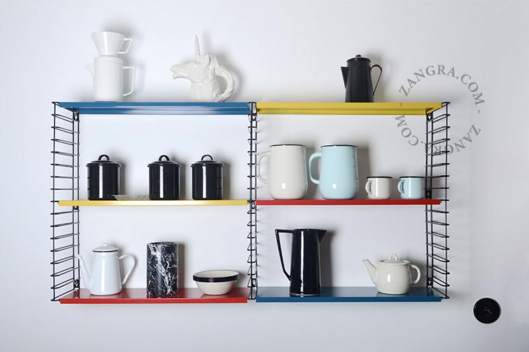 enamel-tableware-ivory-mug-blue