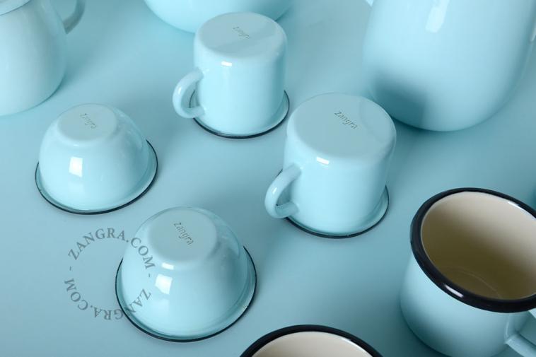 tableware-blue-enamel-mug-ivory