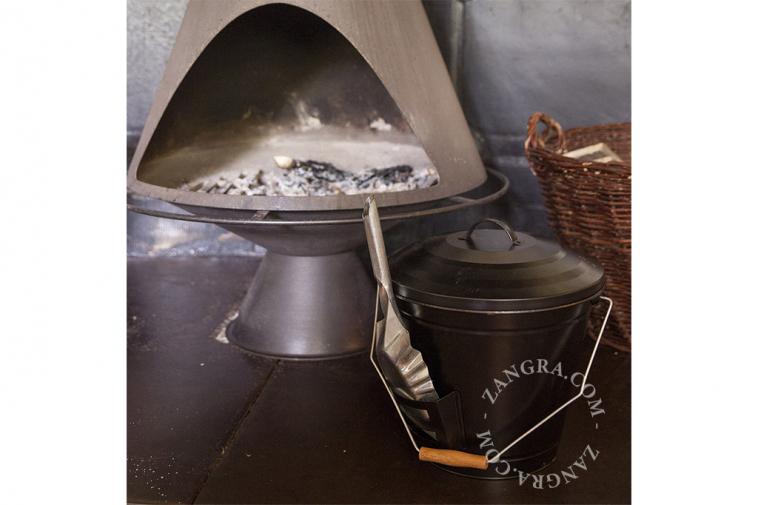 ashes-shovel-bucket-fire
