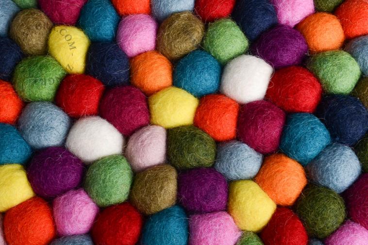 wool-felt-ball-pompom-trivet