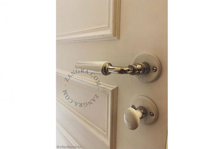 porcelain-door-handle