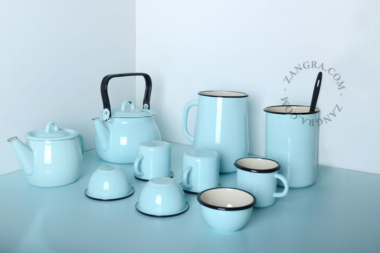 blue-ivory-enamel-mug-tableware