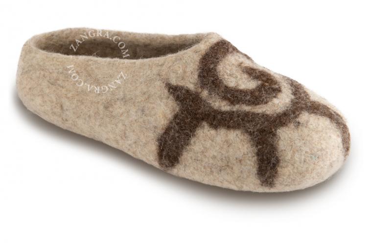 slippers.ch001_l_02-pantouffle-feutre-pantoffels-vilt-wol-laine-wool-felt-felted-slippers-shoes