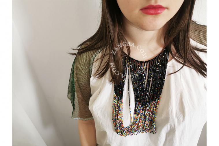 necklace-masai-africa-black-glass-bead