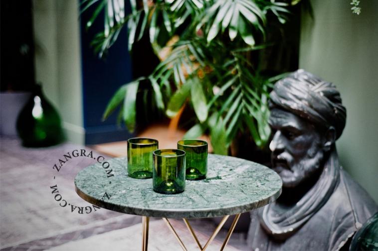set-glass-coloured-bottle-artisans-glasses