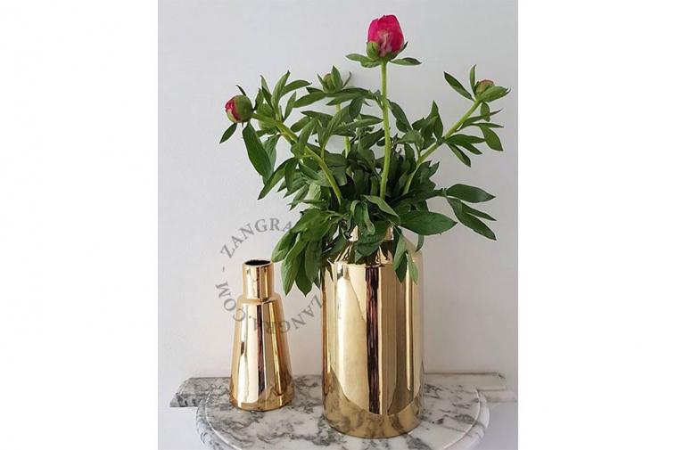 ceramic-vase-white-black-gold
