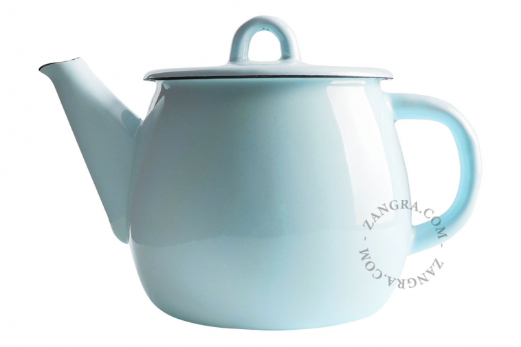 enamel-teapot-blue-ivory-tableware