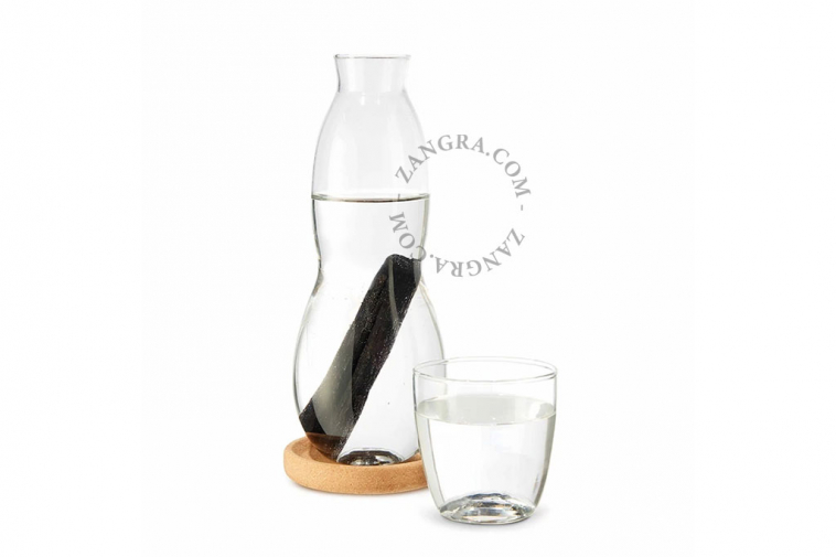 glass-water-charcoal-carafe-filter