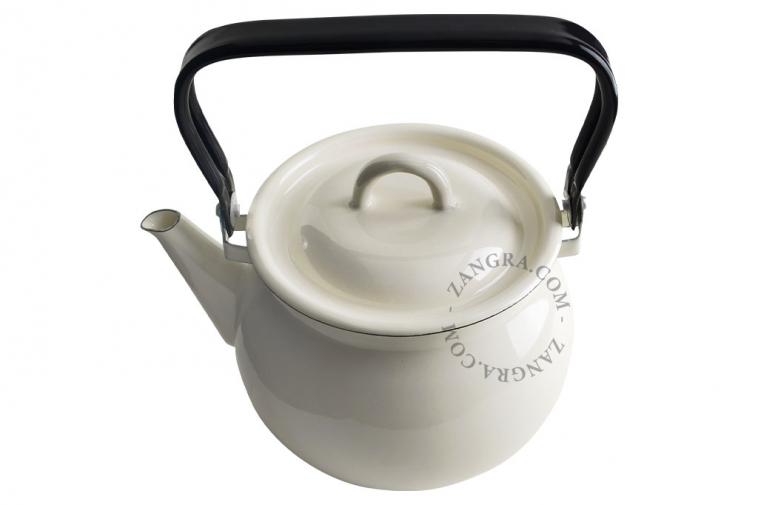 kettle-ivory-tableware-enamel