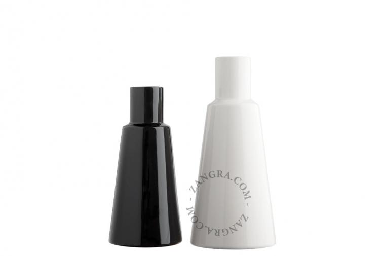 home.076.023.b_l-03-porcelaine-noir-fleurs-flower-pot-vase-porcelaine-black-porselein-vaas-bloemenvaas-zwart