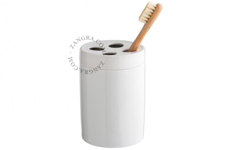 porcelain-toothbrush-mug