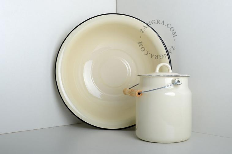 ivory-enamel-washbowl-tableware-blue